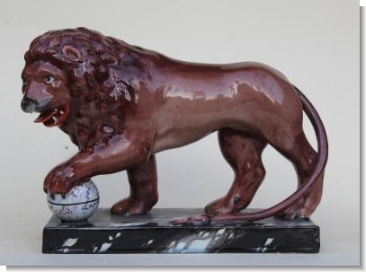 Large LION GROUP c.1800